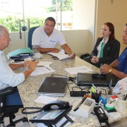 Critérios da parceria entre SIRECOM-MS e Unimed Campo Grande foram definidos durante reunião. Foto: Cristina Gomes/Assessoria de Comunicação