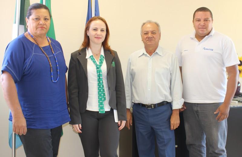 Representantes da Unimed Campo Grande, Marlene e Mariana, acompanhadas do presidente José Alcides e o executivo Joelson. Foto: Cristina Gomes/Assessoria de Comunicação