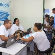 CORE-MS e SIRECOM-MS prestam esclarecimentos e serviços à comunidade Cidade de Deus. Foto: Assessoria de Comunicação