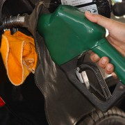 O impacto no preço final vai depender da decisão dos redes de combustíveis e distribuidoras. Foto: Agência Brasil