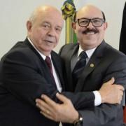 Manoel Affonso Mendes, presidente do Confere e o senador Deca. Foto Divulgação
