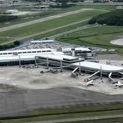 O Aeroporto Internacional de Salvador é um dos quatro a serem concedidos à iniciativa privada. Imagem de divulgação/Infraero