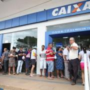 Caixa pode oferecer taxa de juros mais baixa para crédito consignado com o uso do saldo do FGTS como garantia. Antonio Cruz/Arquivo/Agência Brasil
