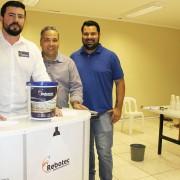 Representantes comerciais Júlio Cezar e Andrei com o diretor técnico da Rebotec Jonathan.   Foto Assessoria de Imprensa