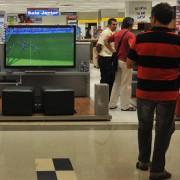 Televisores modernos significam sonho de consumo de muitos brasileiros.      Marcello Casal Jr/Agência Brasil